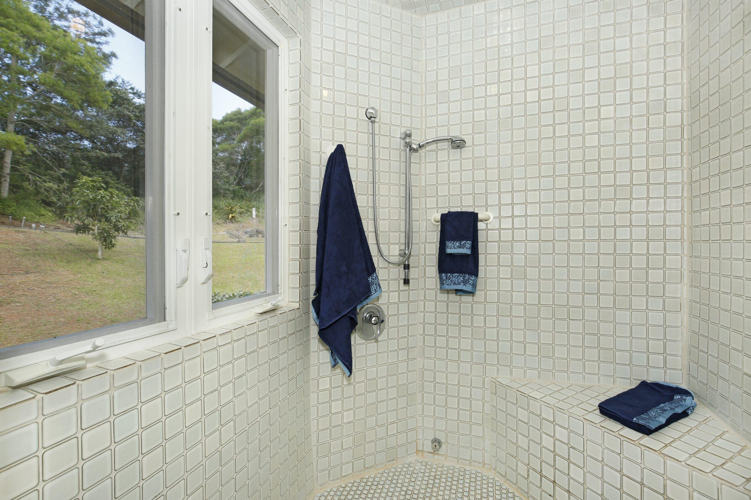 upstairs master bathroom 2